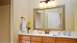 decorating your bathroom mirror
